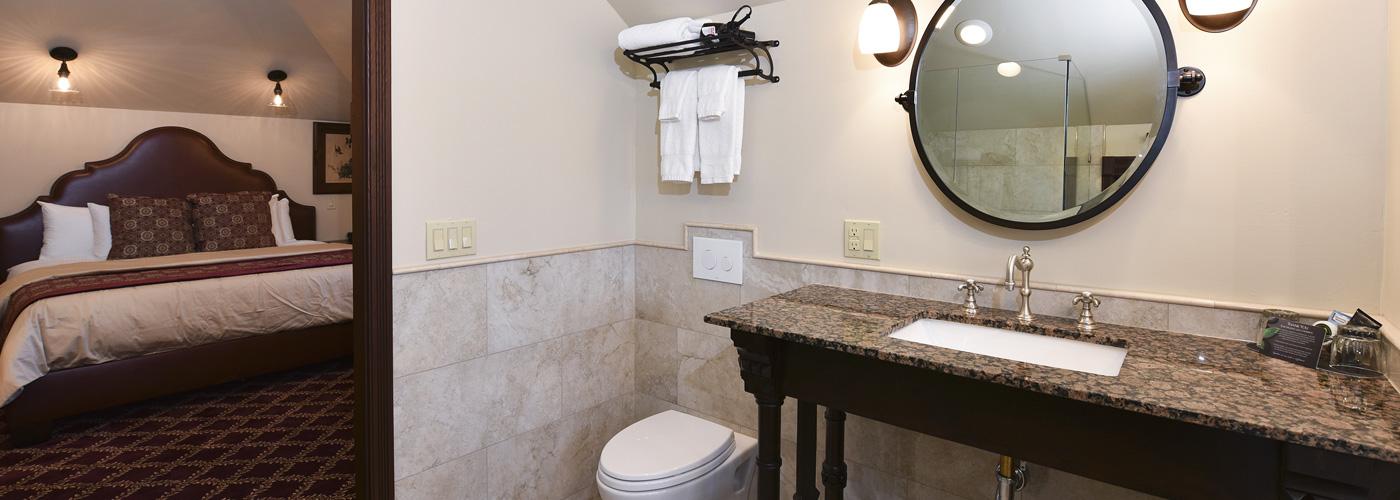 Finch House Bathroom